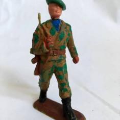 Figurina plastic soldat pictat, cu bereta, 7cm, nemarcat