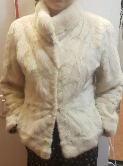 Haina de blana tip sacou tunica de nurca crem nr S