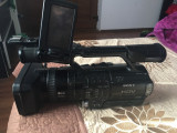 De vanzare camera de filmat soni hd si aparat de fotografiat nikon d 3100, Sony