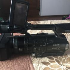 de vanzare camera de filmat soni hd si aparat de fotografiat nikon d 3100