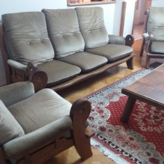 Garnitura canapea cu 2 fotolii