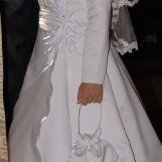 Vand rochie de mireasa marimea 40-42, Rochii de mireasa printesa