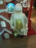 """Mos Craciun Alb """"Regele Crăciunului""""inspiratie din clasicul oriental"""