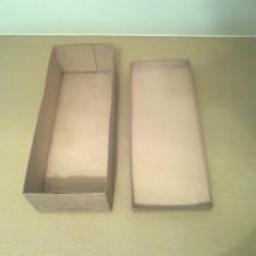 Cutie ambalaj pt jucarie veche colectie papusa romaneasca