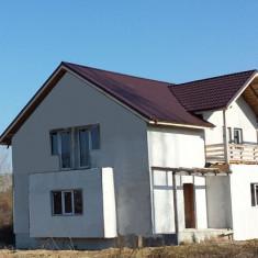 Vand vila in ansamblu imobiliar in Puchenii Mosneni-Prahova