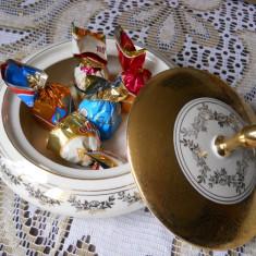 Bomboniera cu capac,portelan decorat cu aur,Alka Bavaria,diam.16cm