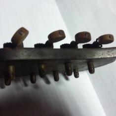 Corp set chei instrument muzical vechi/antic,mandolina,chitara,bouzouki,banjolin
