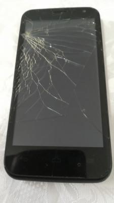 Vodafone SMART 4 - display / touch spart (cu baterie, fara incarcator) foto