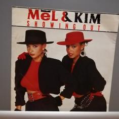 "MEL & KIM - SHOWING OUT  (1986/INTERCORD/RFG) - disc VINIL Single ""7/NM"