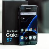 Samsung S7 32Gb intretinut (cutie, incarcator, husa eleganta), Negru, Neblocat