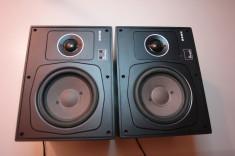 set boxe  HI-FI    UHER  W140  60W 4 OHM       38-25000 Hz    VITAGE foto