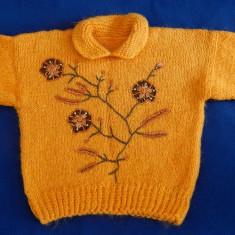 Pulover de lana cu broderie (hand made), Orange