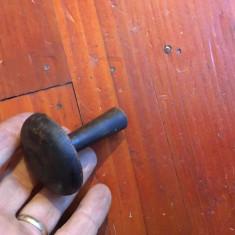 Veche ciuperca din lemn pentru croitorie model deosebit !!!