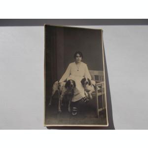 FOTOGRAFIE VECHE din perioada interbelica ,  atelier FOTO NOVAK Bucuresti