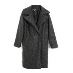 Palton gri cu fir buclat