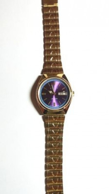 Vand ceas automatic CITIZEN culoare blu- mov deosebit ! foto