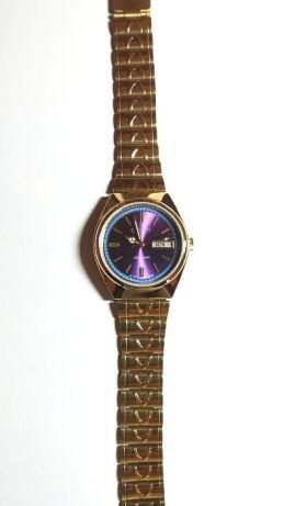 Vand ceas automatic CITIZEN culoare blu- mov deosebit !