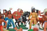 Lot mare figurine plastic, cauciuc, indieni si cowboy DDR - CIRCA 1970 Germania