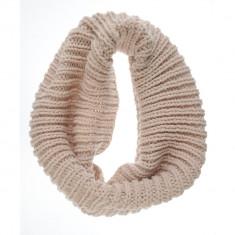 Guler tricotat supradimensionat