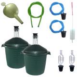Cumpara ieftin 2 x Damigeana 10L din sticla, in cos din plastic verde + Accesorii