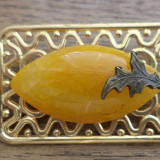 Brosa profil auriu cu agata crab si frunza de bronz