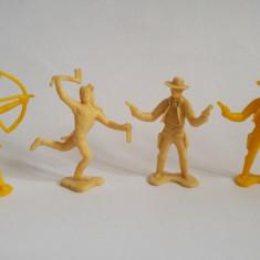 4 figurine indieni & cowboy plastic, 6 cm, Vestul Salbatic, Wild West