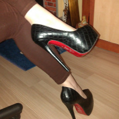 Pantofi CHRISTIAN LOUBOUTIN Daffodile Croco - Piele naturala - Super Promotie! - Pantof dama Gianmarco Lorenzi, Culoare: Negru, Marime: 38, Cu platforma
