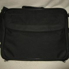 Geanta laptop Targus, maxim laptop 15.4 inch WXGA, Poliester, Negru