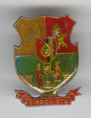 Insigna  HERALDICA - Republica Socialista Romania - stema TIRGOVISTE foto