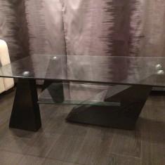 Masuta de sticla pentru living