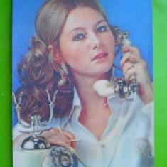 HOPCT 33934 FEMEIE CU TELEFON -JAPONIA -CP STEREO 3 D -NECIRCULATA, Printata