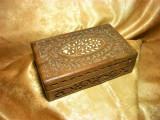 Cutie caseta bijuterii, relicvariu, lemn sculptat manual, fildes