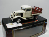 Macheta Ford Pick Up Truck - 1934 - Road Legends  scara 1:18