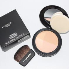 Pudra Mac Cosmetics de fata MAC pentru matifiere si iluminare, Compacta