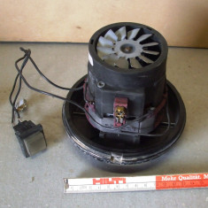 Motor electric 220 V