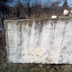 Vase/badane ciment