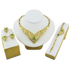 Bijuterii sultana rafinate cu cristale verzi