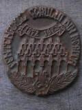 Cumpara ieftin PLACHETĂ VECHE TURNATĂ DIN BRONZ - CENTENARUL CORULUI DIN REȘIȚA - 1872-1972!