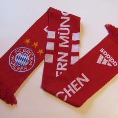 Fular ADIDAS fotbal - BAYERN MUNCHEN (Germania)