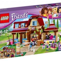 Clubul de calarie din Heartlake - LEGO Friends