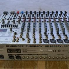 Behringer eurorack ub 1832fx-pro - Mixer audio