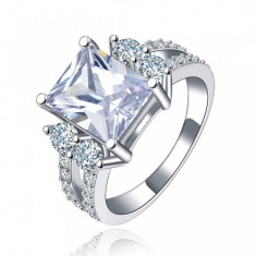 Inel placat cu argint si piatra mare cristal