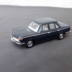 Macheta BMW 2000 scara 1 43 - Macheta auto
