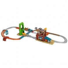 Circuit Evadarea lui Thomas din Centrul de Fier Vechi Thomas&Friends Track Master - Trenulet