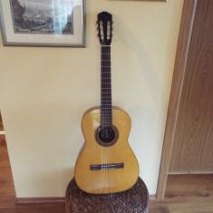 Chitara clasica Hofner fabricata in 1969