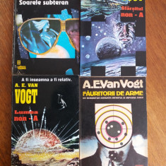 Lot 4 carti literatura SF - A. E. Van Vogt / R6P1F - Carte SF