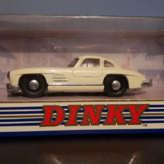 Macheta 1 43 Dinky Mercedes 300 sl Gullwing - Macheta auto