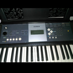 Vand orgă Yamaha YPT-230
