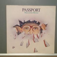 PASSPORT - MAN IN THE MIRROR (1983/WARNER/RFG) - disc Vinil/Analog/Impecabil - Muzica Jazz Wea