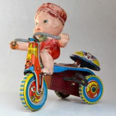 Jucarie veche din tabla baiat pe tricicleta - de colectie Japonia - Jucarie de colectie